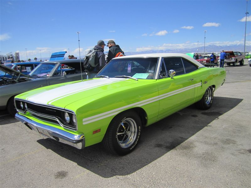Mopars 2011 017