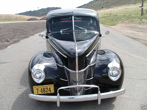 Photo 1940 ford deluxe 4 door sedan i 1939 1940 1941 for 1939 ford deluxe 4 door sedan