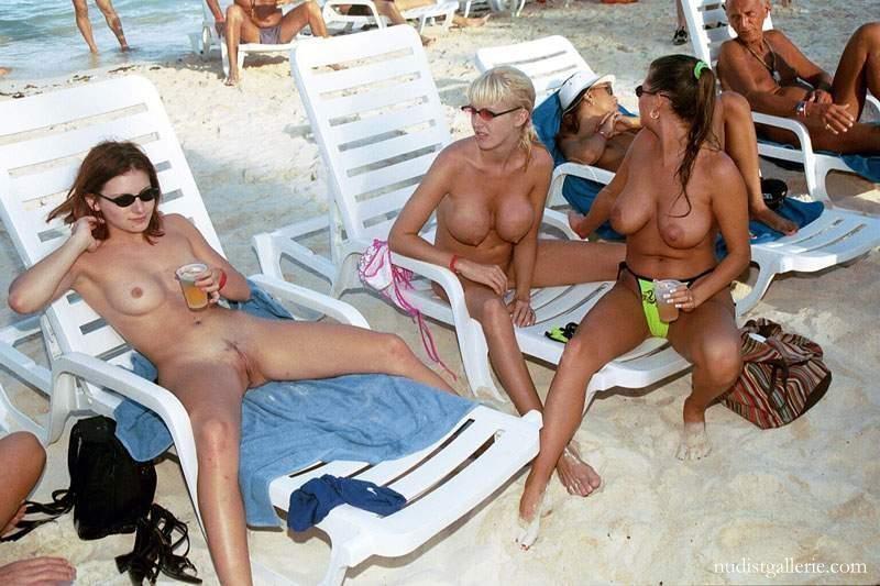 nude women in the beach № 64513