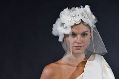 Victor and Rolf Bridal SS18 225
