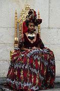 Queen E Cam1 841