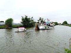 068. Flower Boat from, Village Maasland