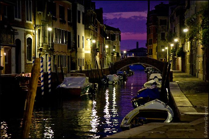 http://images46.fotki.com/v1393/photos/8/880231/6909707/Venice003-vi.jpg