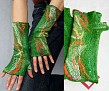 merino vilna, šilko servetėlės, siūlai ilgis 26 cm plotis 16-17 cm riešui su piršteliu