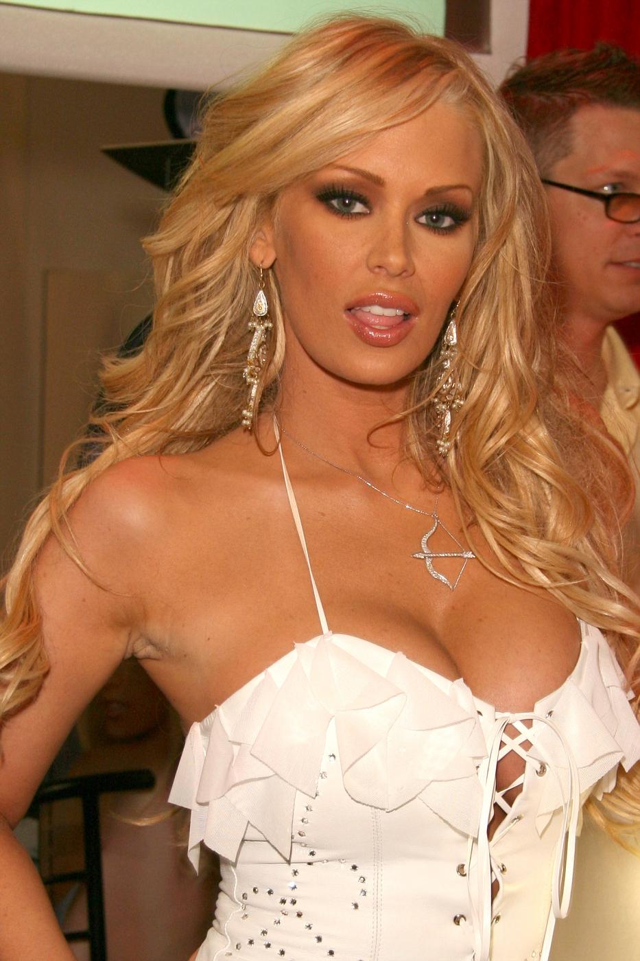 Melissa schuman naked