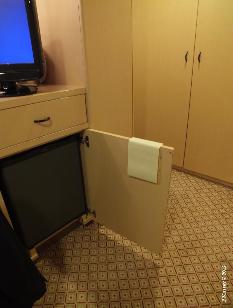 QUEEN VICTORIA Cabin 4012 18-10-2012 12-06-31