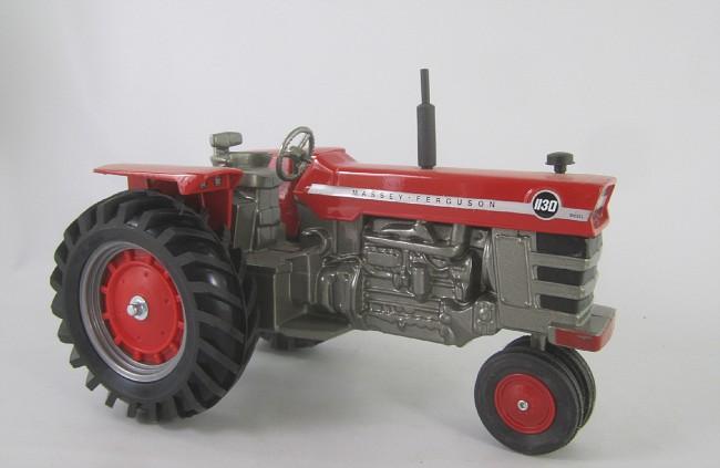 Photo: JLE-MF-1130-NF FT0823-RS | Massey Ferguson Tractors