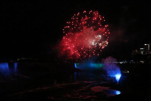 Niagara Night Fireworks 2018 June 19 (60)