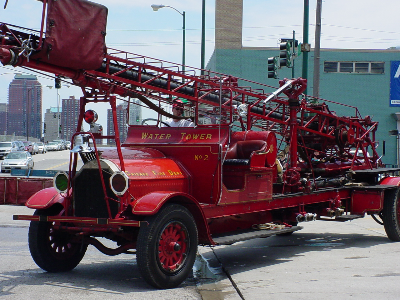 IL- Chicago FD tower ladder
