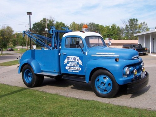 Photo: 1951 F-6 with Holmes Wrecker | 1948 - 1958 Ford Big ...