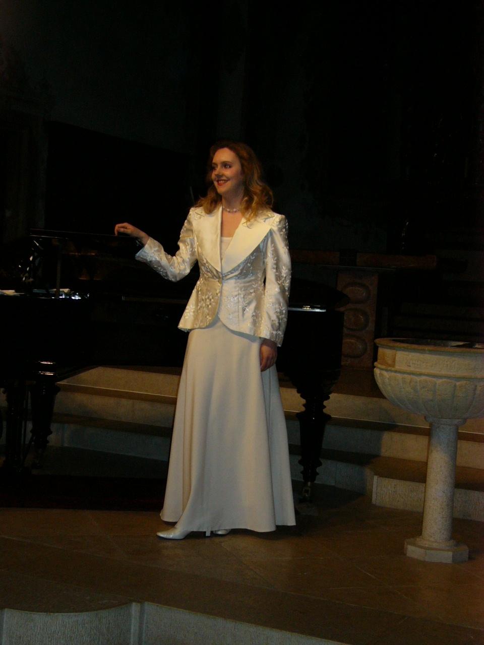 Evelyne am Konzert in Therwil März 04 2
