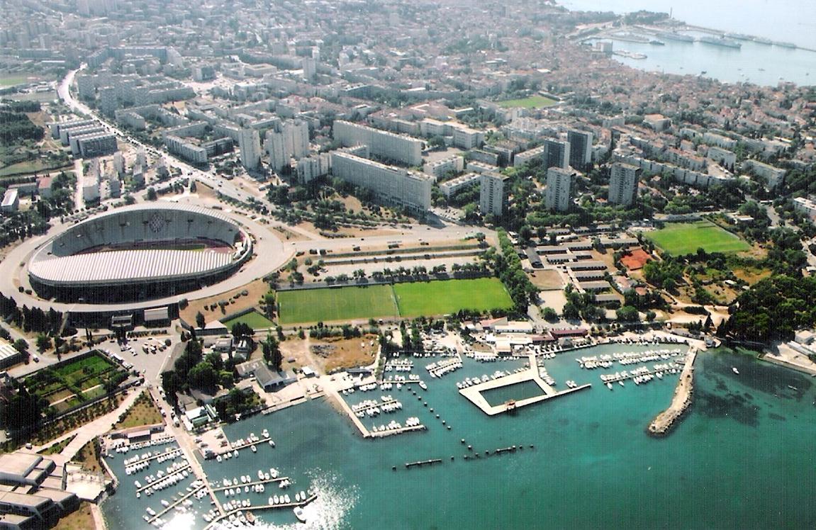 Gradski Stadion u Poljudu - Split