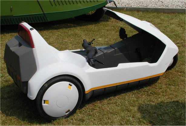 Photo Sinclair Pedal Car With Electric Assist Micro North