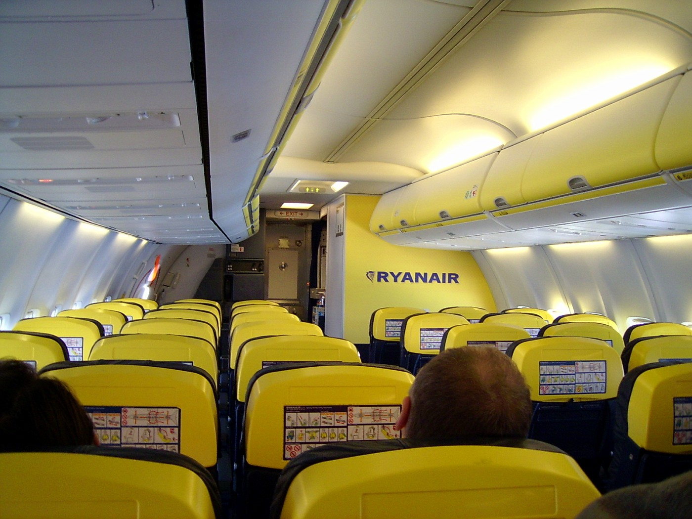 Ryanair в барселона