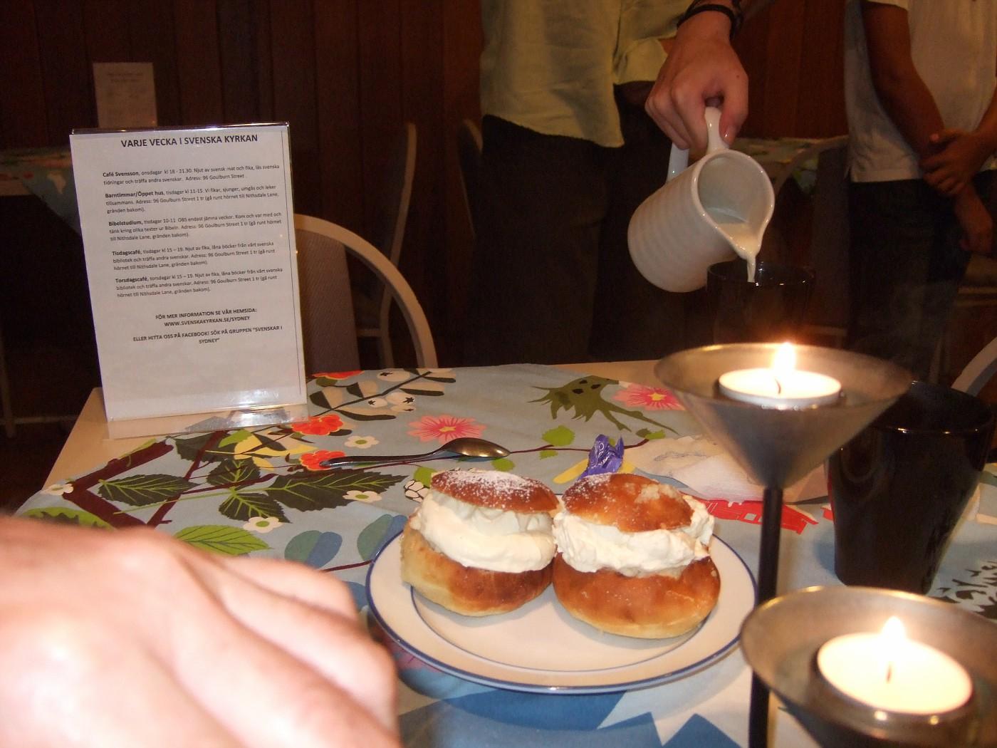 2011 03 09 3 Semlor kväll at Cafe Svensson