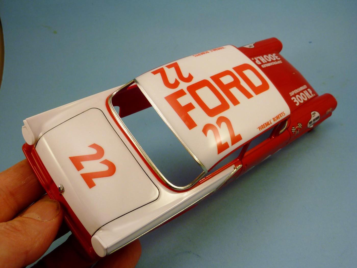 Ford 57 nascar Fireball Roberts terminée  Photo1-vi