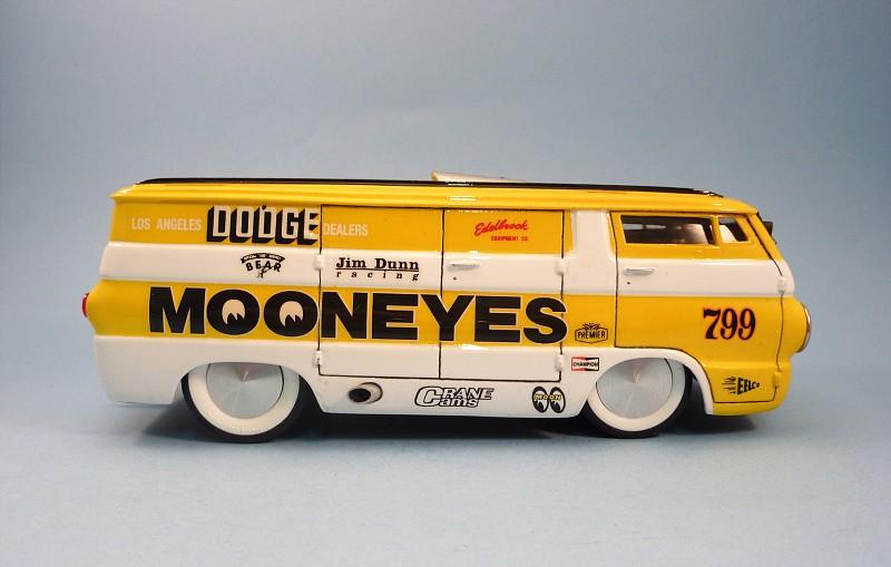 Van Moon  Dodge choppé racer Bonneville  012-vi