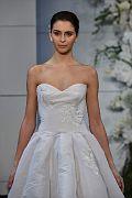 Monique Lhullier Bridal SS18 185