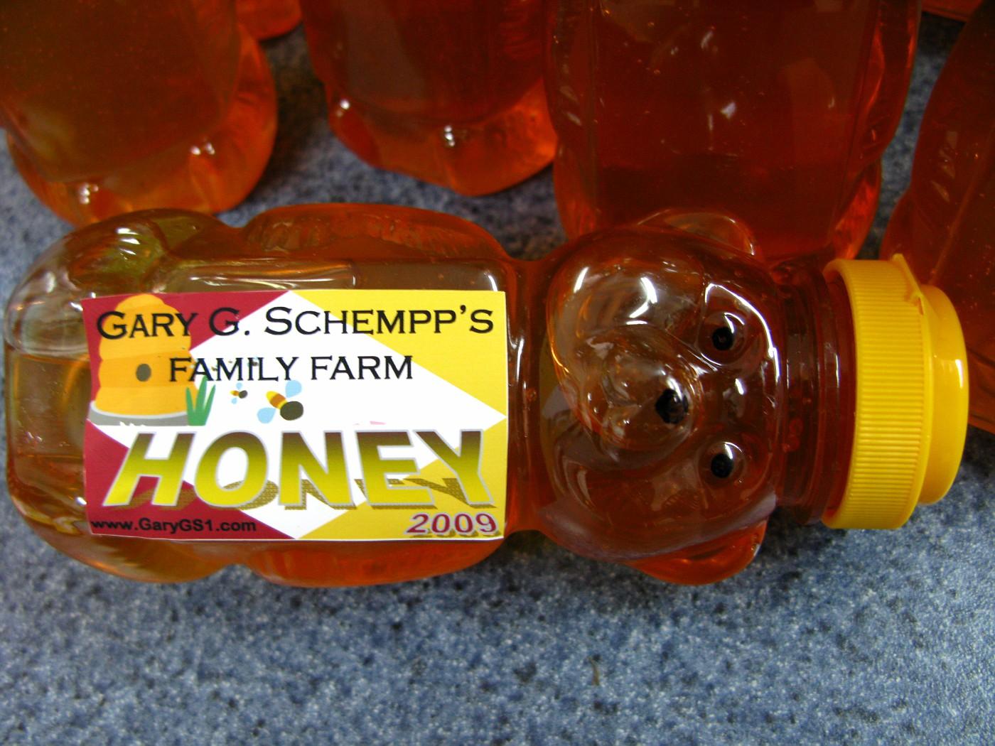 Honey Bottling 10-18-2009 (3)