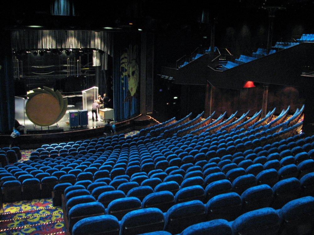 Stardust Theater, Norwegian Gem