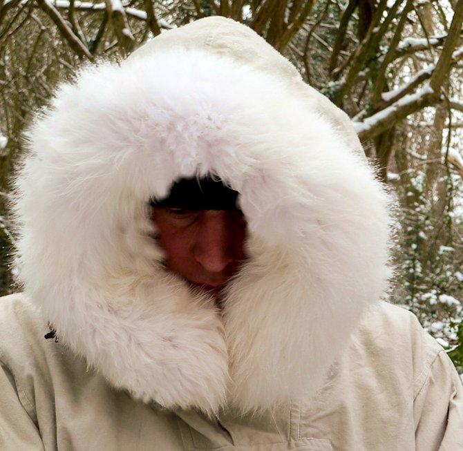 White fur-ruff
