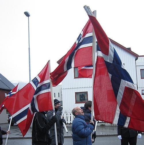 Flagg. Foto: Elin Bekkebråten Sjølie