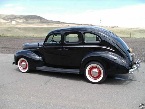 Photo 1940 ford deluxe 4 door sedan a 1939 1940 1941 for 1940 ford 4 door sedan