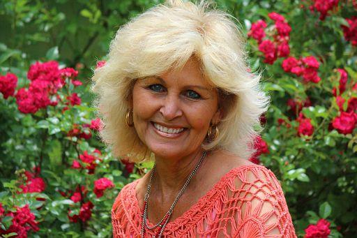 #10-Linda Gail (HUTSON) Clark - 2017