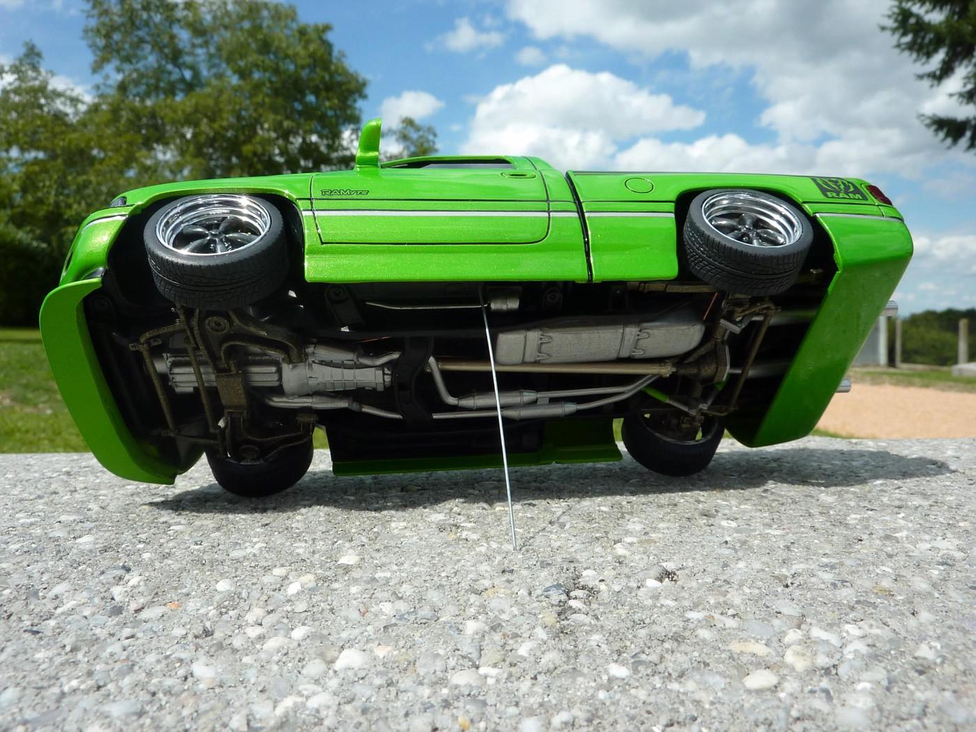 Van Chevy 75 (Vantasy) terminé - Page 5 Photo7-vi