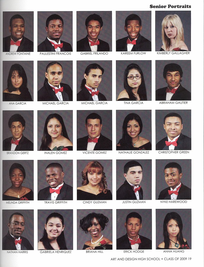 2009 YearBook 019