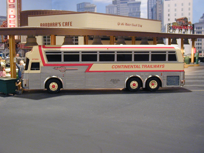Photo: American Bus lines (Mid-A-Div ) Silver Eagle Model 05