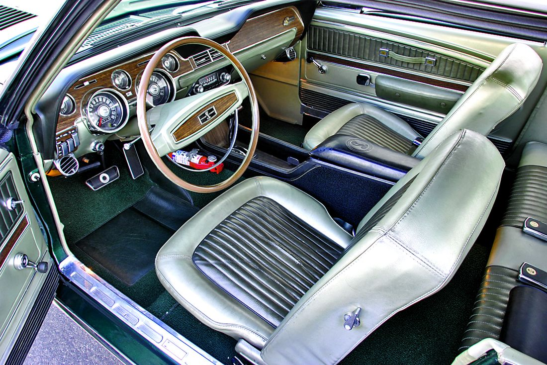 Photo shelby mustang 1968 exp green hornet interior ford mustang