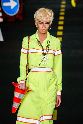 Moschino SS16 MIL 018