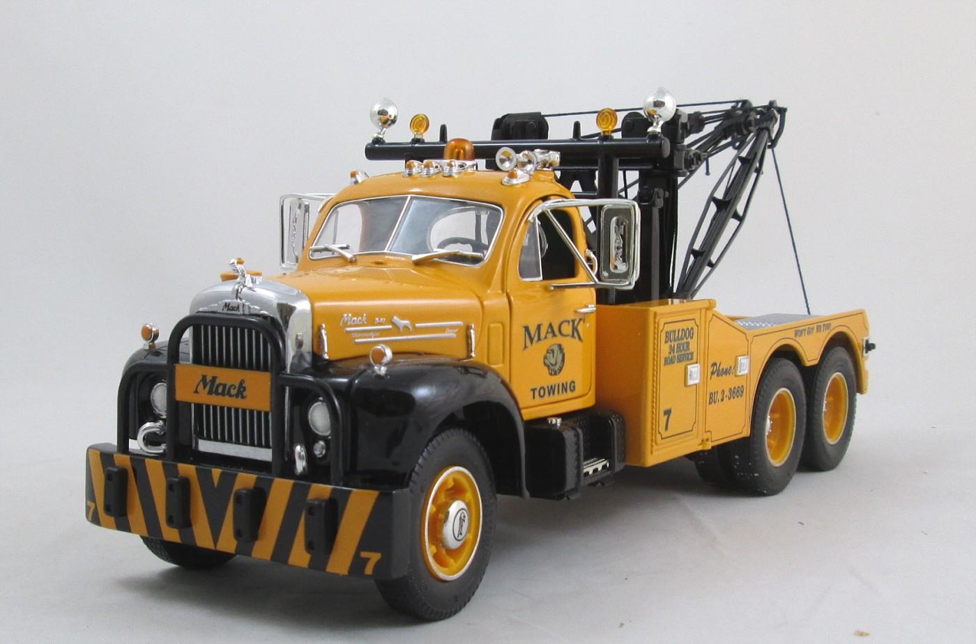 FGR-Mack-Wrecker-49-0003-LF