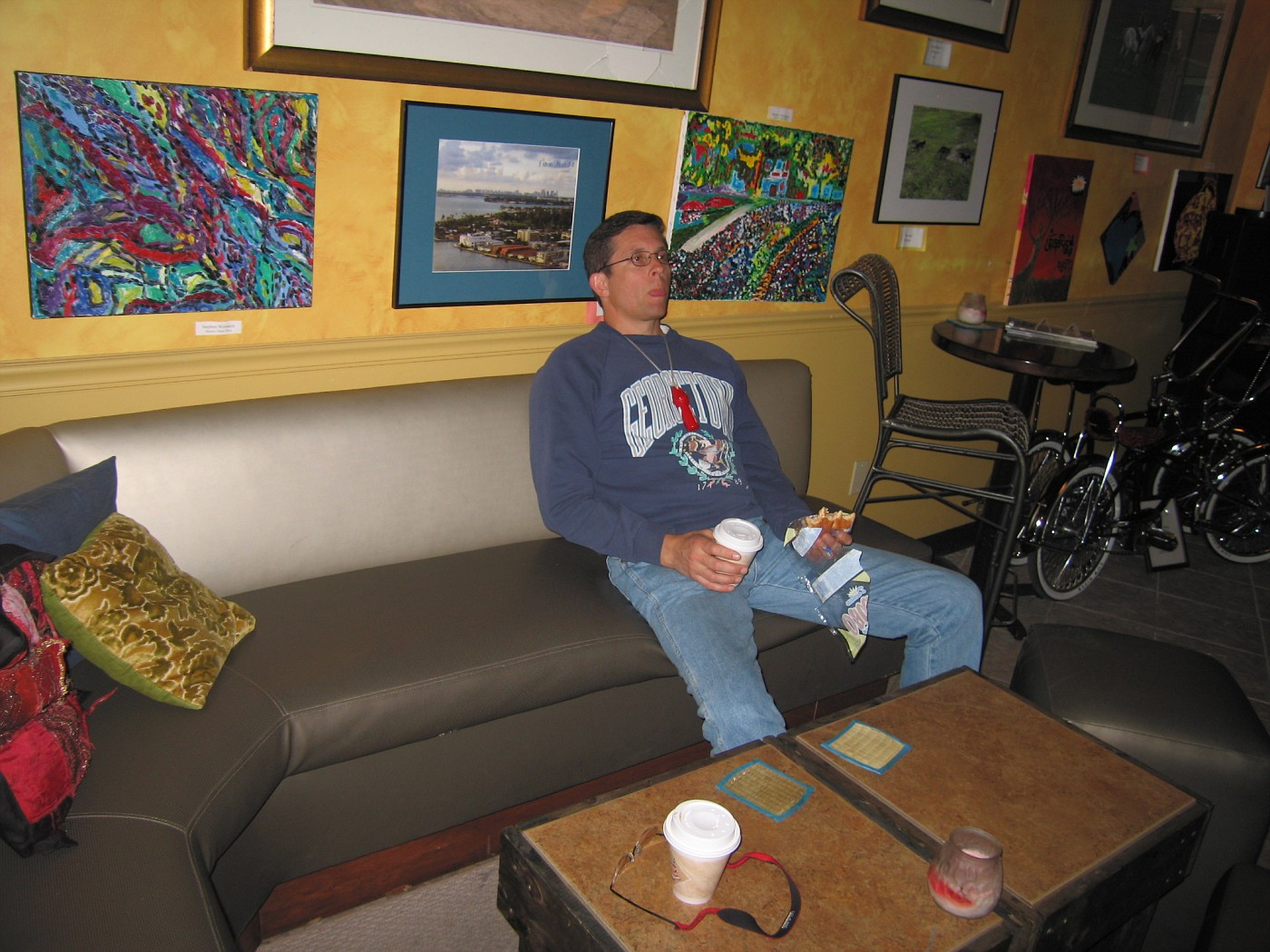Steve waits patiently as I am checking my mail and Fotki from this internet cafe in downtown Ft  Lauderdale, Florida.