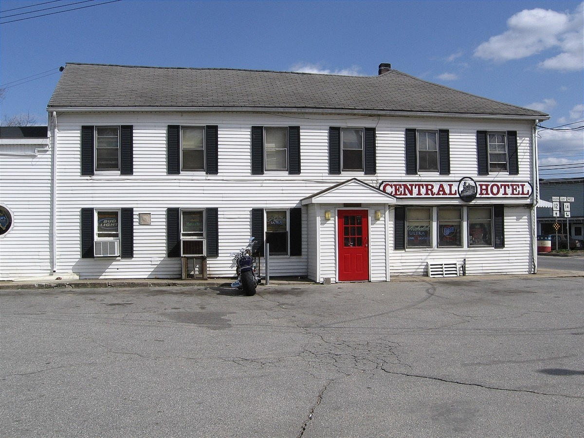 Plainfield (CT) United States  city photos : HOTEL | PLAINFIELD MOOSUP WAUREGAN CENTRAL VILLAGE, CT ...