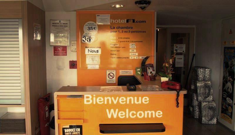 Kontrolle hotel f1 Saint-Witz, Paris