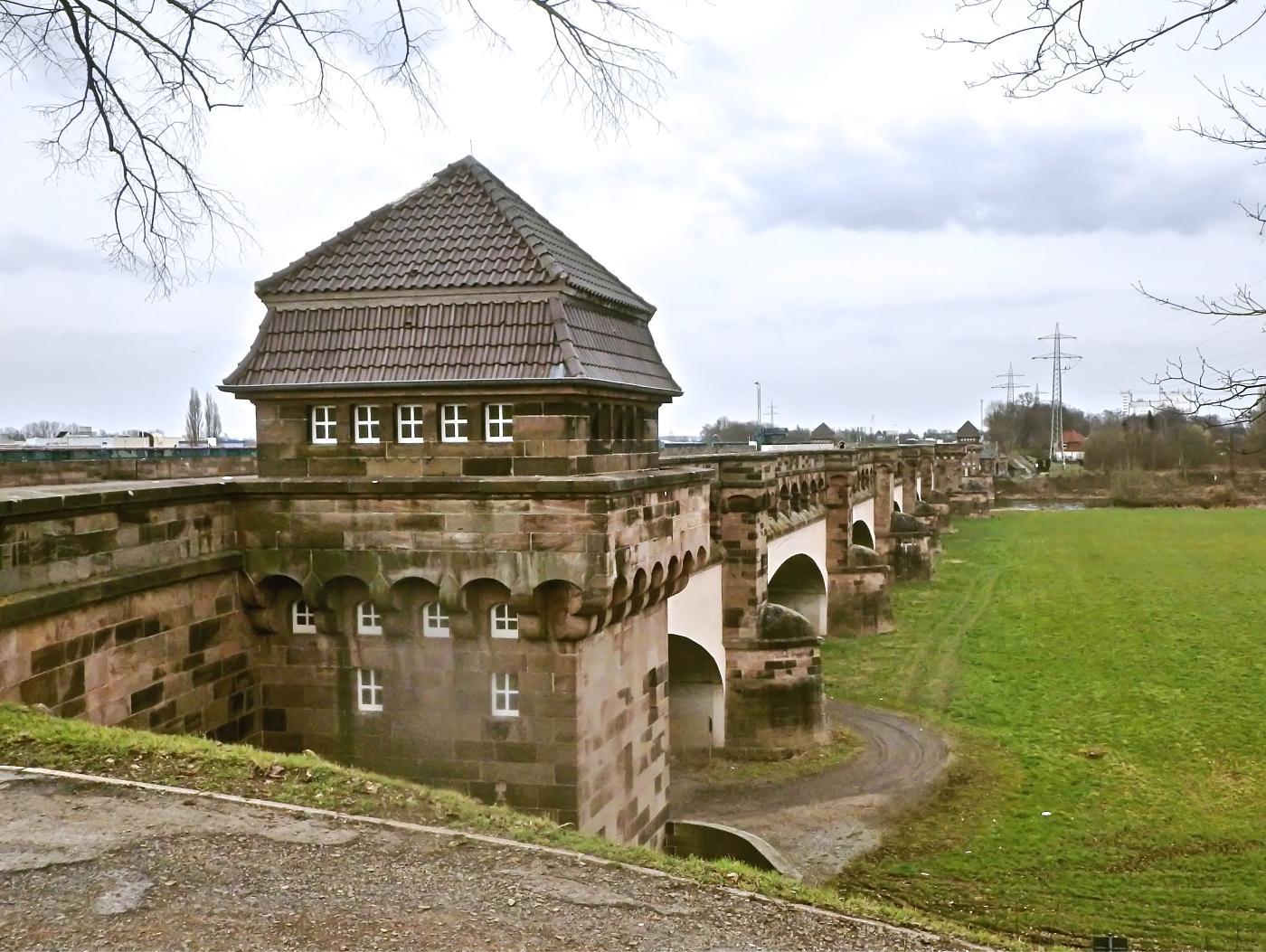 Alte Trogbrücke