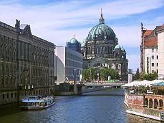 Spree und Berliner Dom
