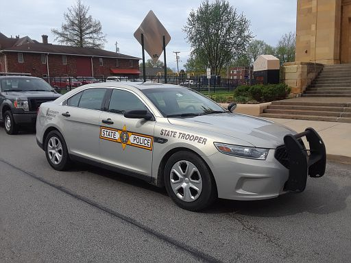 IL- Illinois State Police 2016 Ford Taurus