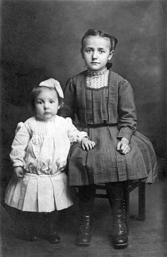 Ardella Senff and Aunt Mary