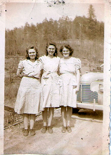 49-Bernice,Aunt Fushcia, and Mamaw Aree