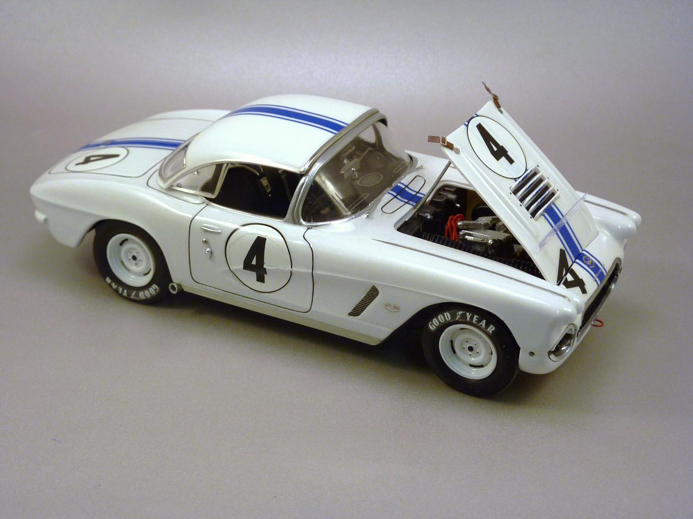 Quelques voitures du Championnat Trans Am des années 60 ,70,80,90 et divers SCCA - Page 2 TosfinalesCorvetteSebring62001-vi
