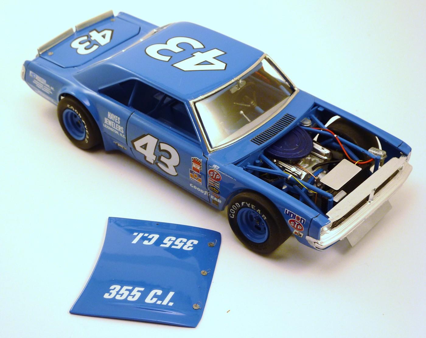 Dodge Dart Richard Petty terminée - Page 2 SfinalesDodgePettyshorttrack11-vi