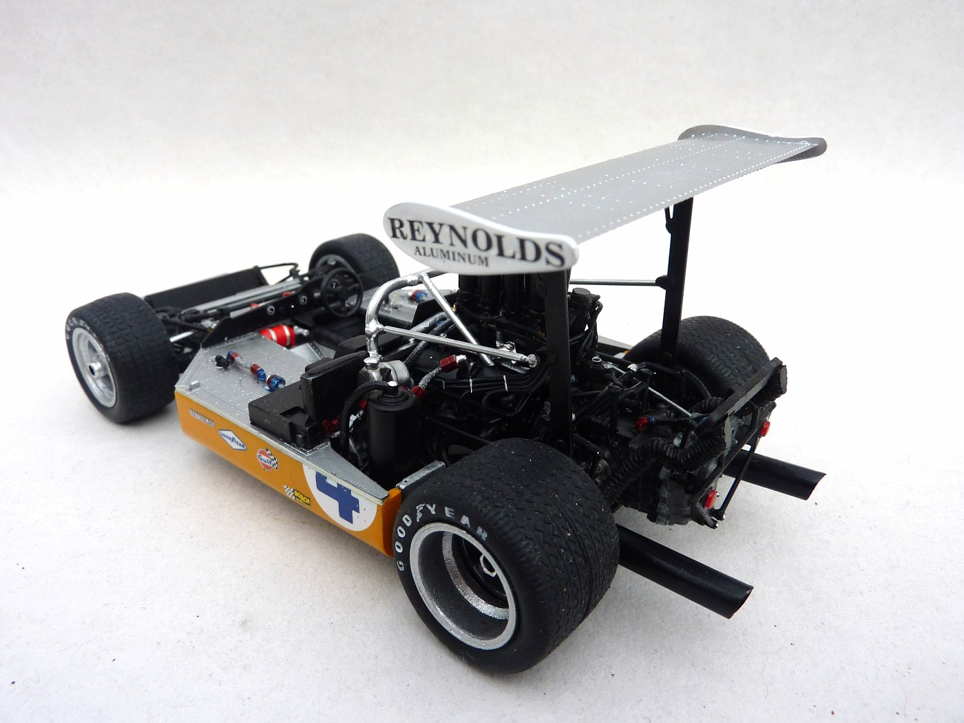 Mc Laren M8 B Can Am 71  McLarenM8baccurateminiature005-vi