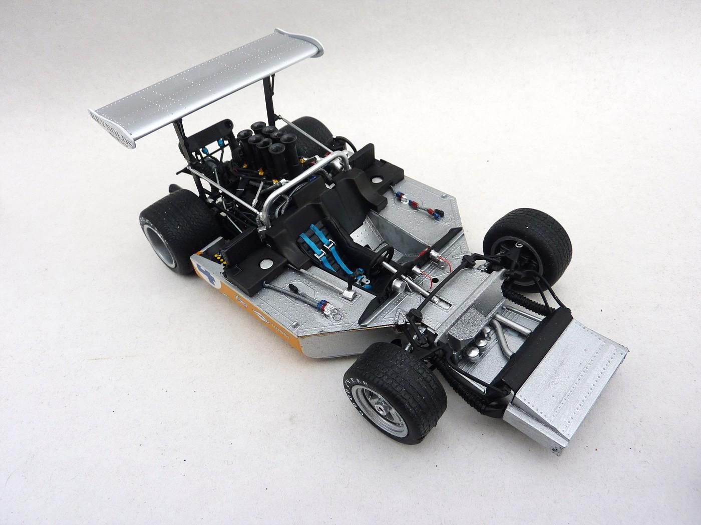 Mc Laren M8 B Can Am 71  McLarenM8baccurateminiature007-vi