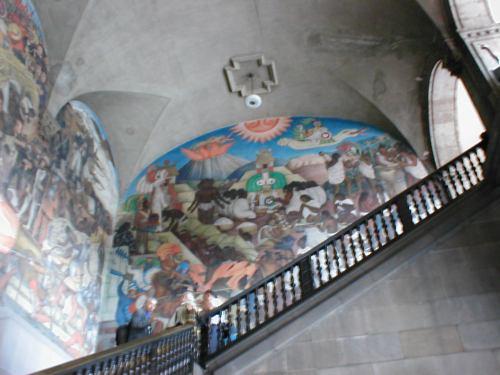 национальный дворец, бывшая резиденция Максимиллиана, фрески Д. Риверы