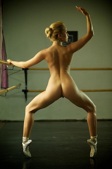 goliy-balet-porno-foto-video-onlayn