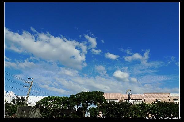車窗外的天空