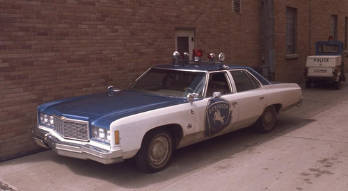 ND- Dickinson Police 1975 Chevy